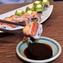 Aburi Sake Kawa Sushi
