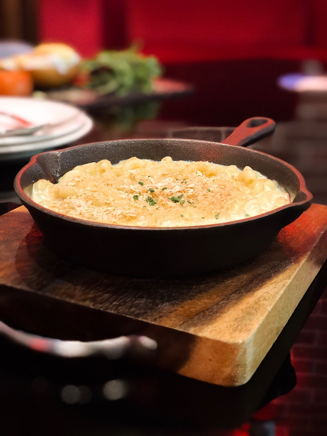 CHANDLER's RIGHTEOUS MAC & CHEESE