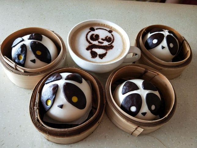 What better treats than these panda paus?