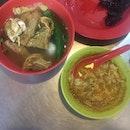 Yongtaufoo And Curry Cheecheongfan