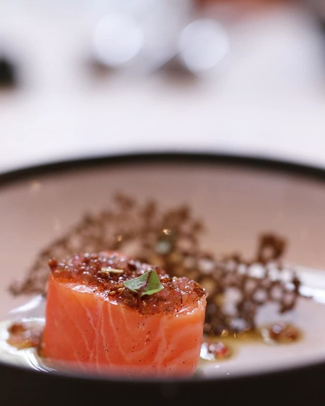 Until 9 August,  Chef @steflequellec is dishing up some of her signatures like this vanilla butter poached salmon along Chef Benjamin Halat on Sentosa island 🇸🇬 .
