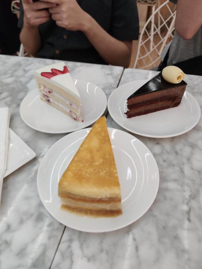Sophisticated Dessert Cafe