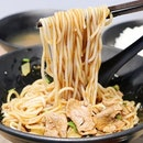 """The legendary """"Original Orchard Emerald Beef Noodles"""" is move to a new place."""