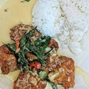 """NEW STATION SNACK BAR, SALTED EGG PORK RIBS RICE  When presented with so much salted egg sauce on the plate itself, my first thought was that the overall dish is gonna be """"jelak"""" but surprisingly isn't."""