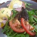 Egg benedict @ $17.90