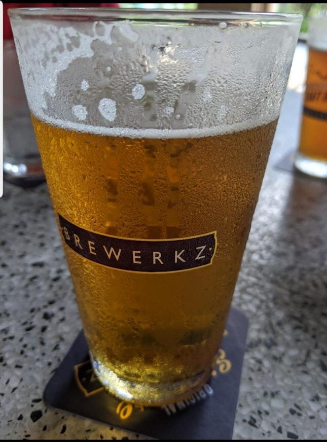 Light Beer Golden Ale $16