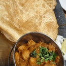 Chole Bhature $14