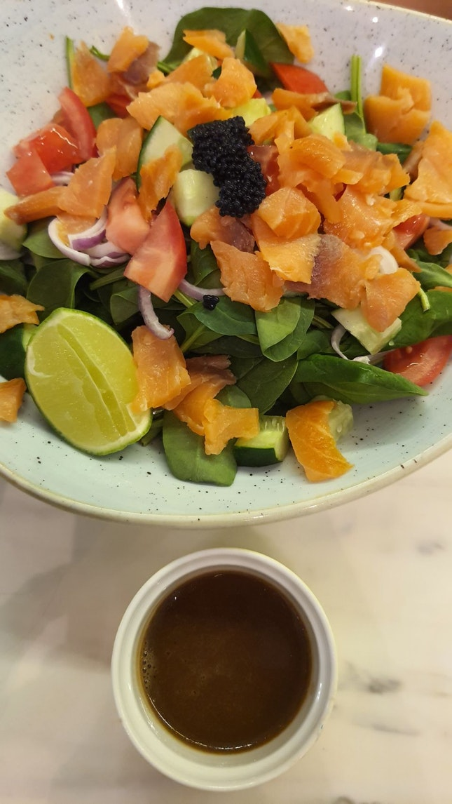 Salmon Salad $20++