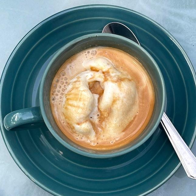 affogato coffee $8 / 4*