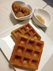 Chic 'n' Waffles!