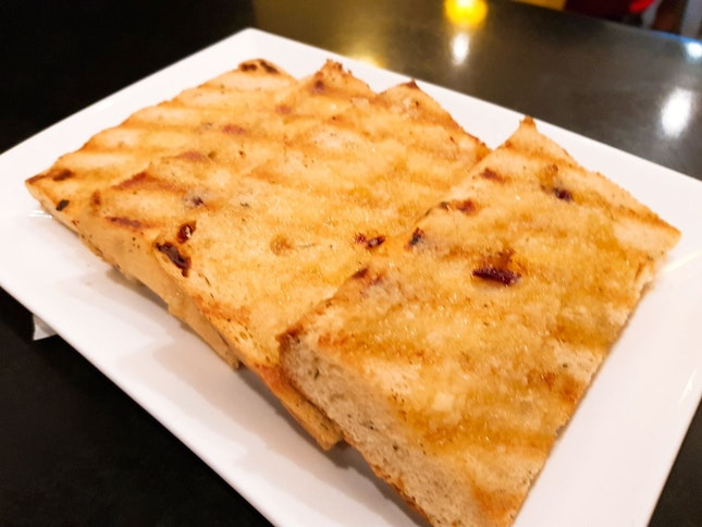 Foccacia With Garlic Butter