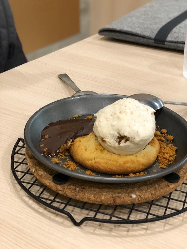 Lava Cookie + Ice Cream ($8.80)