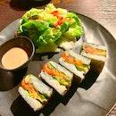 Sandwich Sushi (Salmon Avocado)
