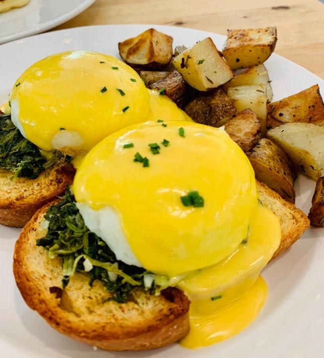 Towkay Neo's Eggs Benedict