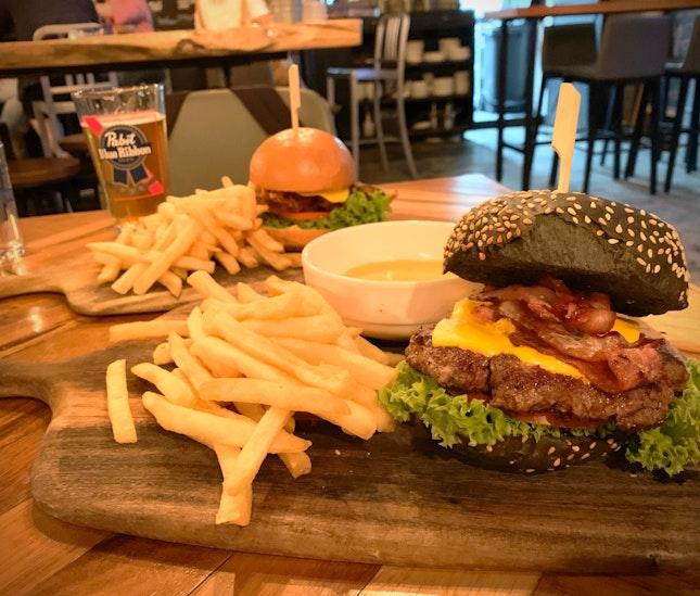 Bunker Burger