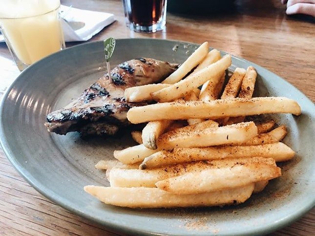 📍Nandos @nandossg ⠀⠀⠀⠀⠀⠀⠀⠀⠀ 🚇 Bishan, Junction 8⠀⠀⠀⠀⠀⠀⠀⠀⠀ ✏️ I've always heard rave reviews about Nandos.