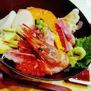 🍱: The #quest for #delicious #chirashidon has brought me to @kaisenbonta_sg Went all out to #splurge on the Premium Chirashi-don.