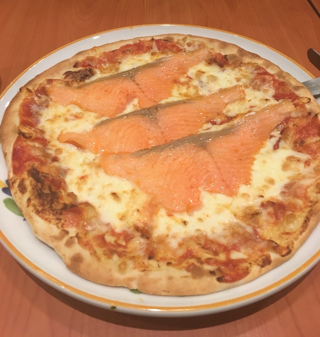 Salmon Pizza $7.90