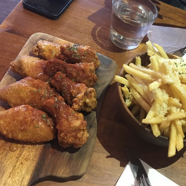 Wings And Truffle Fries