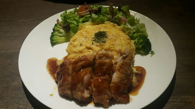 """Omu Rice"" & Chicken Steak Plate With Salad"