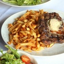 Can't go wrong with this Steak Frites at Les Bouchons, where you get a Grilled Black Angus Rib Eye Steak along with very crispy fries.