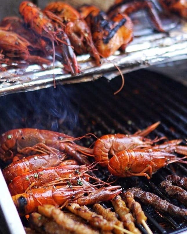 Royale Restaurant @mercuresingaporebugis has launched a Rasa Sayang BBQ Buffet with more than 30 local and Asian dishes..