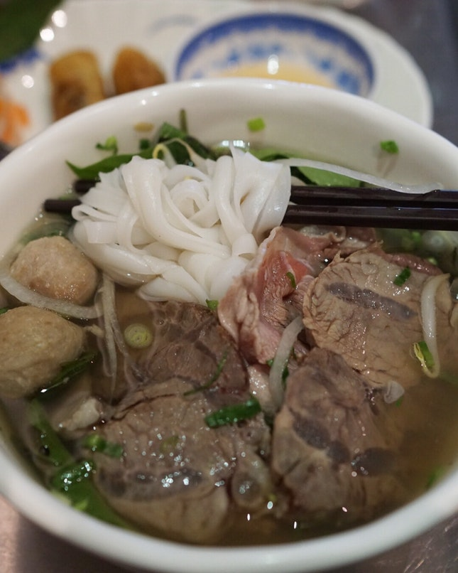 @mrspho is one of the place that I will go when I'm craving for a warm soup bowl of pho.