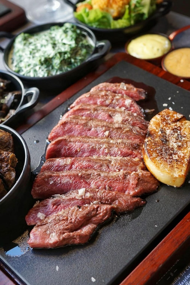 @thefeatherblade, a steakhouse that focus on serving #propersteaks ,using shoulder blade part, make into a great and tender steak with lower price compare to prime cuts.