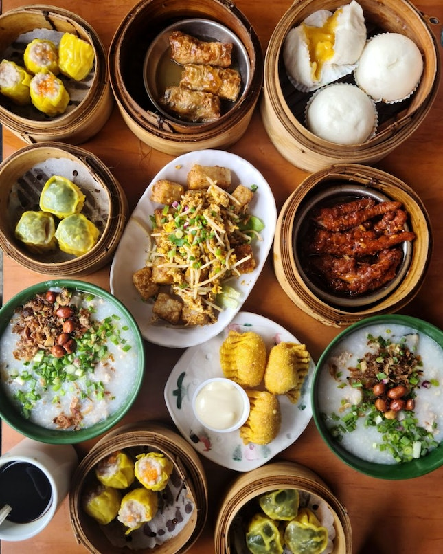 Found nearby restaurant for Dim Sum and Hong-Kong dishes, its called Wong Chiew Restaurant.