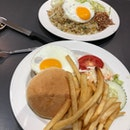Burger and Fried Rice at Hans