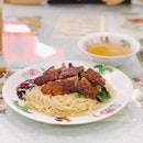 London Roasted Duck With Tossed Noodles