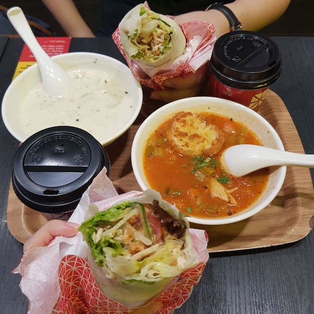 Chicken Popiah With Soup