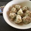 Steam dumplings (8 for $4)