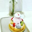 Flor Patisserie ,Noel De Framboise ,tricolour cookies ,matcha latte.Full of matcha goodness.