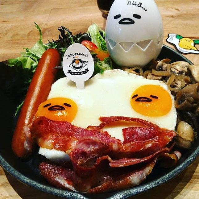 Having Gudetama breakfast,Big Nua Breakfast using eatigo app.Up to 50percent off selected timings.