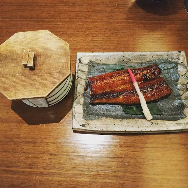 4⭐ Expensive unagi if not for the entertainer 1 for 1 deal.
