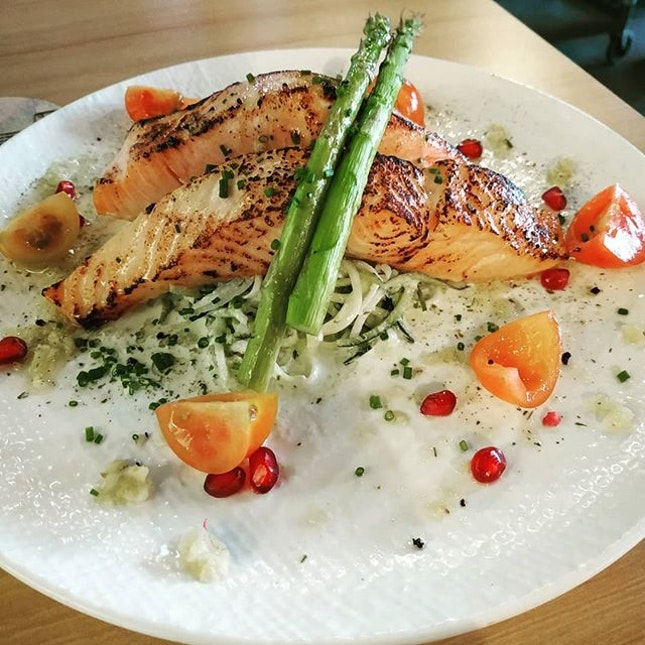 4⭐ I craved for their salmon so I'm back at @rookerysg.
