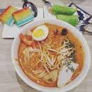 4⭐ One of my favourite laksa cos the gravy is so thick.