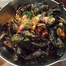 BTM Mussels & Bar