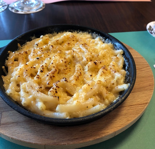 Mac and cheese $24++