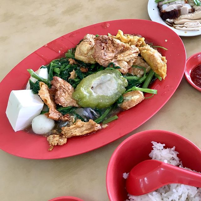 Simple Sunday lunch when we got too tired to continue w gym 😂😂 Always one of my go to places for traditional Hakka yong tau foo.