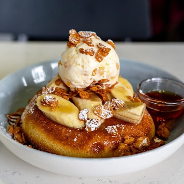Butterscotch Banana Pancake