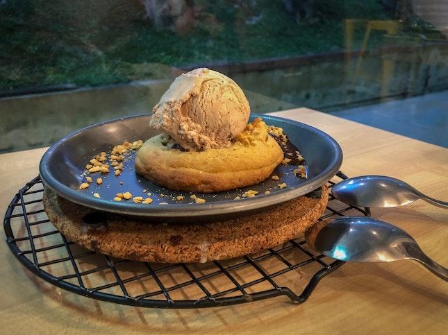 Chocolate Lava Cookie with Ferrero Rocher Ice Cream (S$9.30)