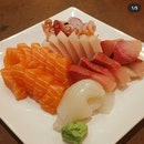 Fresh Sashimi But Long Waiting Time