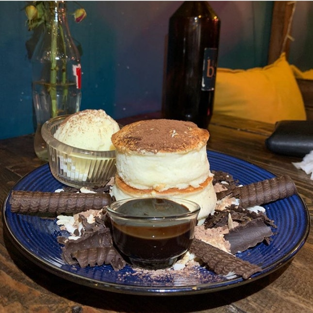 Affordable And Good Soufflé Pancakes