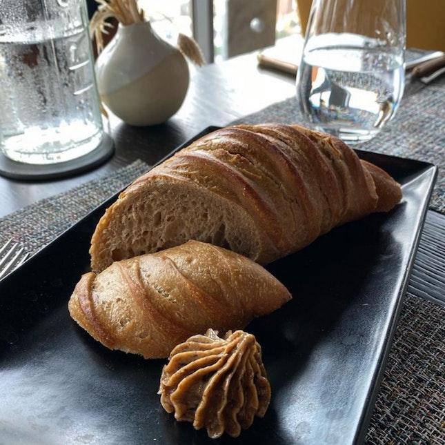 Love The Bread