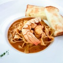 Lobster Fettuccine with Lobster Bisque