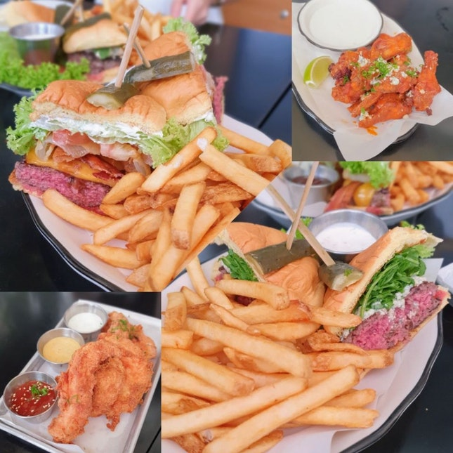 Great Burgers, Not So Great Sides
