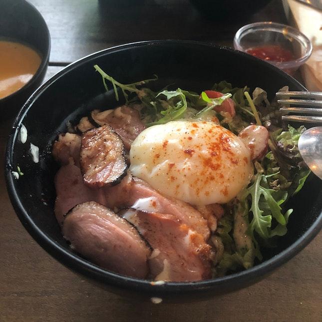 Smoked Duck Bowl ($15.90++)