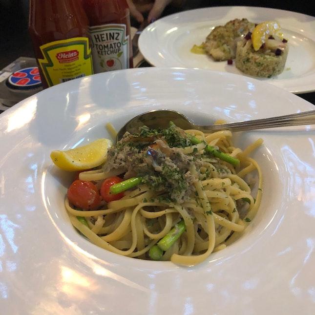 Crab Meat Pasta ($26++)